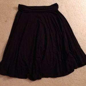 Ann taylor black full skirt small